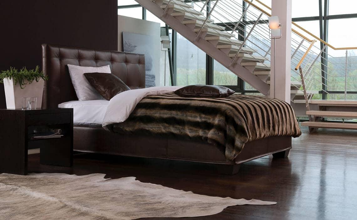 schramm bedden traditioneel ambachtelijk meesterschap slapen in weelde. Black Bedroom Furniture Sets. Home Design Ideas